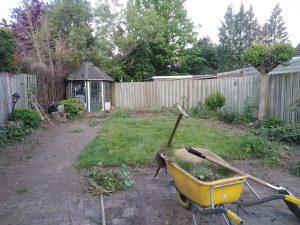 niet schone achtertuin